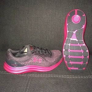 Under armour liquify sneakers